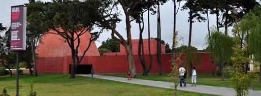 Casa das Histórias Paula Rego by Eduardo Souto de Moura | August 30, 2011