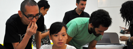 Urban Panorama Workshop | Chen XiongWei passes his video-works to the slide-show
