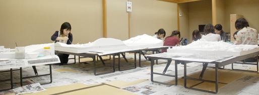 Students building models in Kesennuma | by Sören Grünert