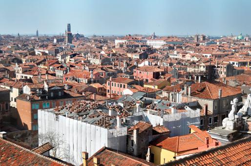 Palazzo Zen 禅宫 (in scaffolding) | view from Il Campo e la Chiesa dei Gesuiti a Venezia